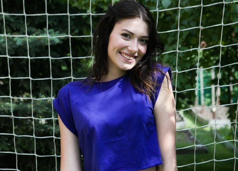 Выпускница Романовской школы Маргарита Хрущова назвала футболистов «бабниками»