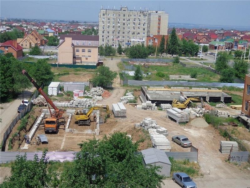 Каждый день в Волгодонске выдают разрешение на стройку 5 коттеджей