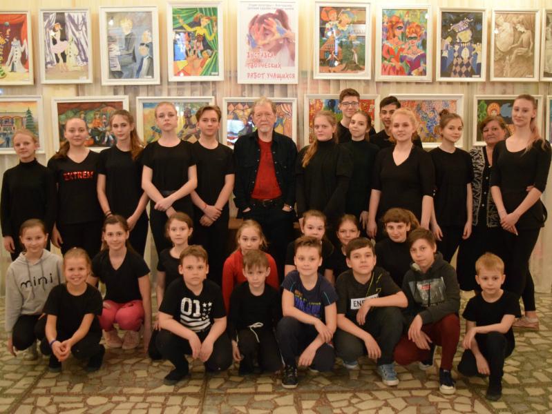 Волгодонские актеры встретились с российским писателем и актером Геннадием Киселевым