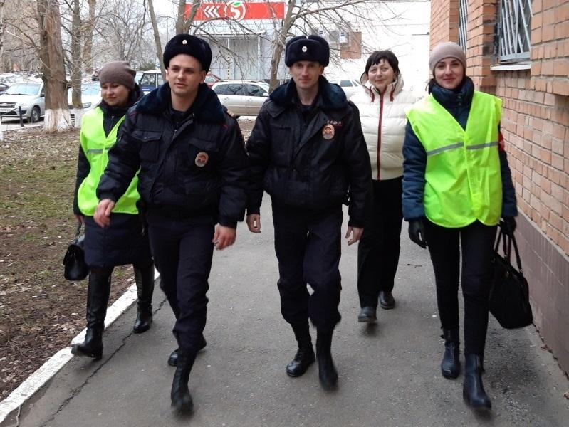 В Волгодонске дружинники помогли задержать преступника в федеральном розыске