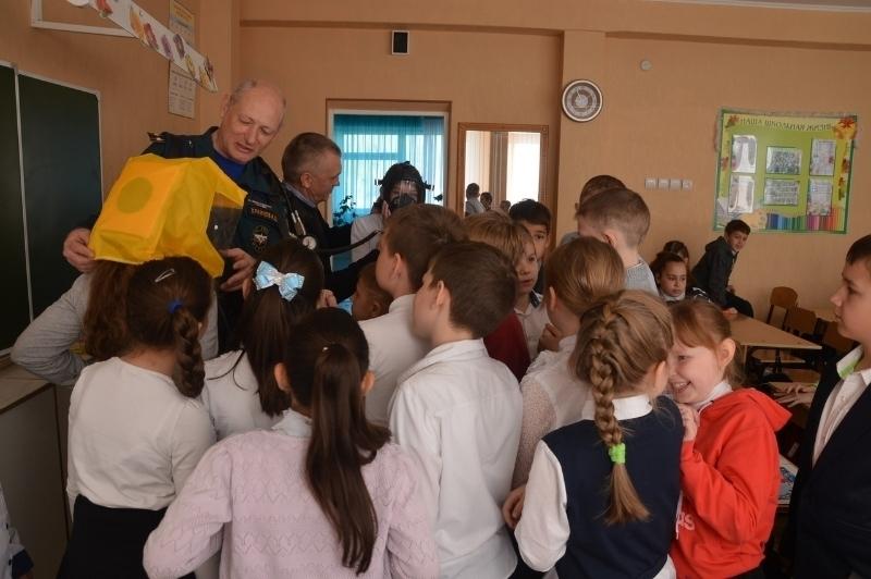 В школе №18 Волгодонска состоялся открытый Всероссийский урок ОБЖ