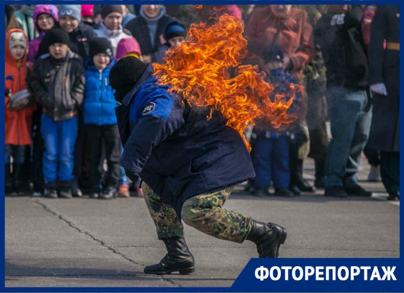 Эффектным выступлением военных отметили День внутренних войск МВД  в Волгодонске