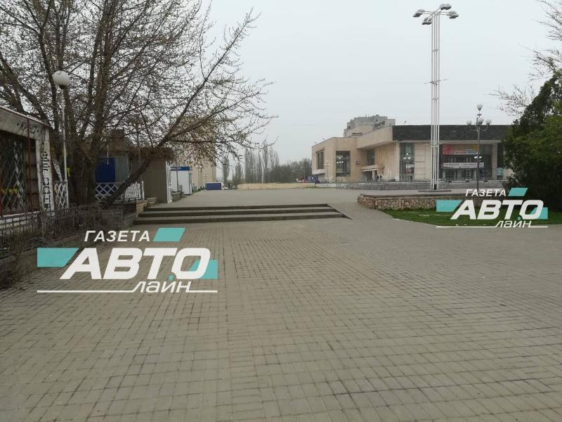 На площади Курчатова 8-летнюю девочку сбил скутерист
