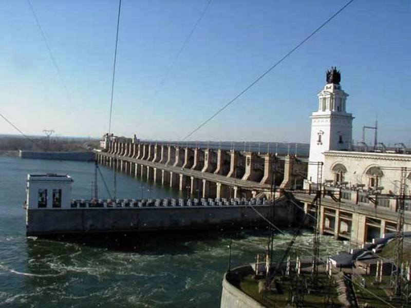 Сброс воды из Цимлянского водохранилища в Дон снизят