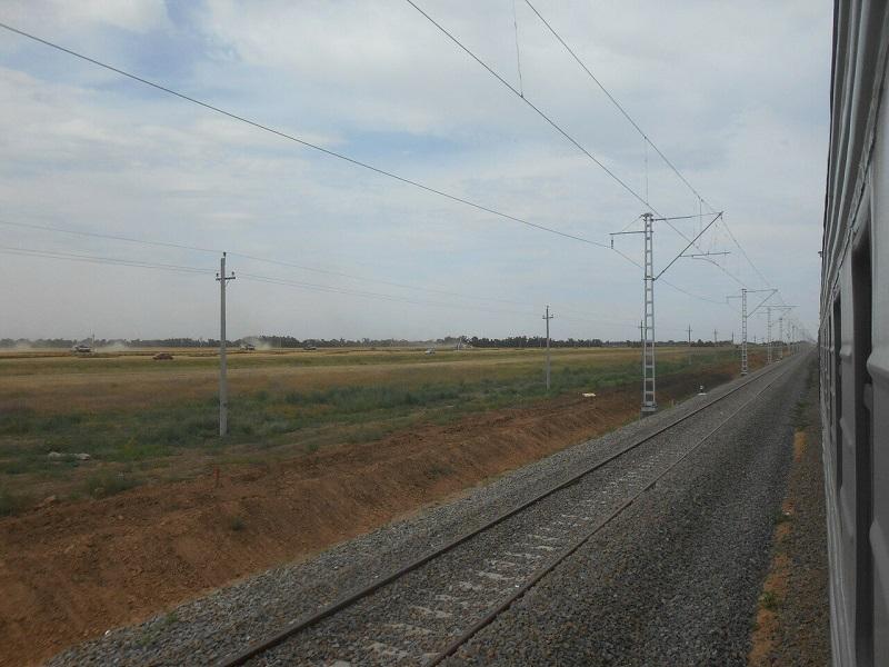 Под Зимовниками реконструируют железнодорожные пути