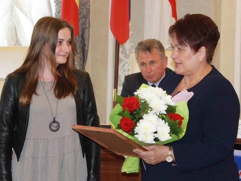На заседании Волгодонской городской Думы наградили предпринимателей