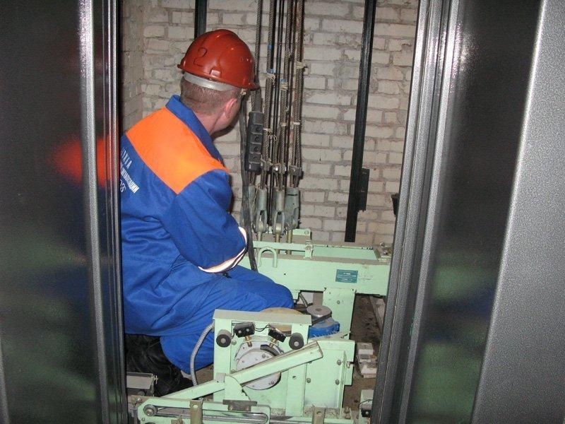 Кто теперь отвечает за обслуживание лифтов в Волгодонске