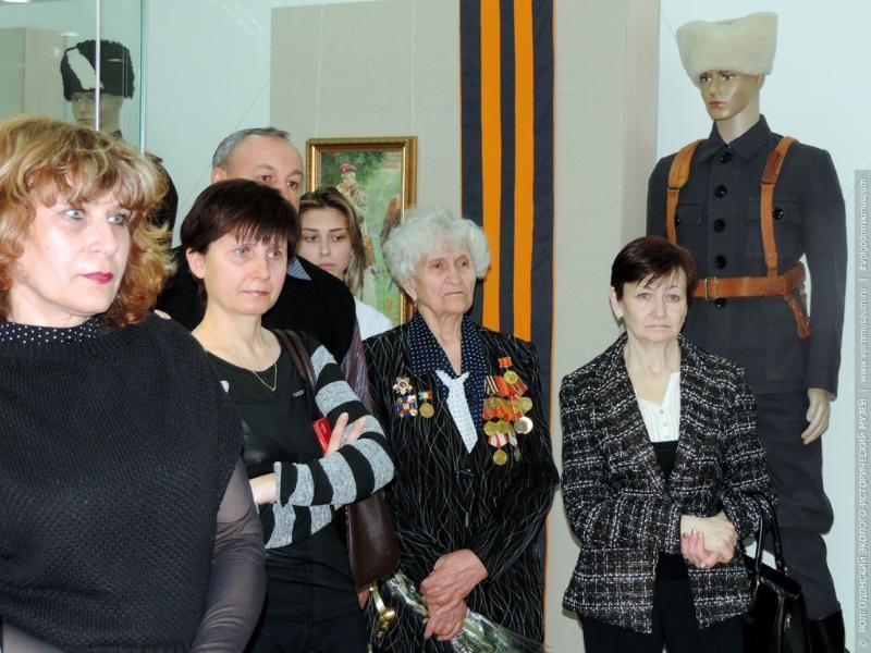 В эколого-историческом музее открылась выставка «От Святого Георгия до георгиевской ленточки»