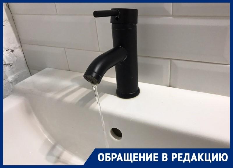 «Утром и вечером мы сидим без горячей воды»: жители новостройки в «новом» городе