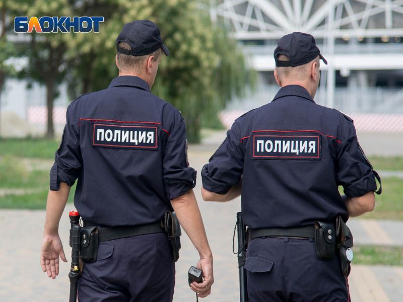 Полицейские Волгодонска отправились в Мартыновку после перестрелки в Орловском районе