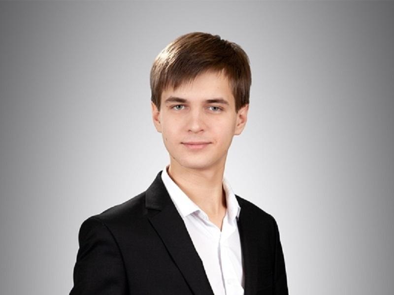 Выпускник школы №18 Михаил Масленников заработал 100 баллов за ЕГЭ по химии