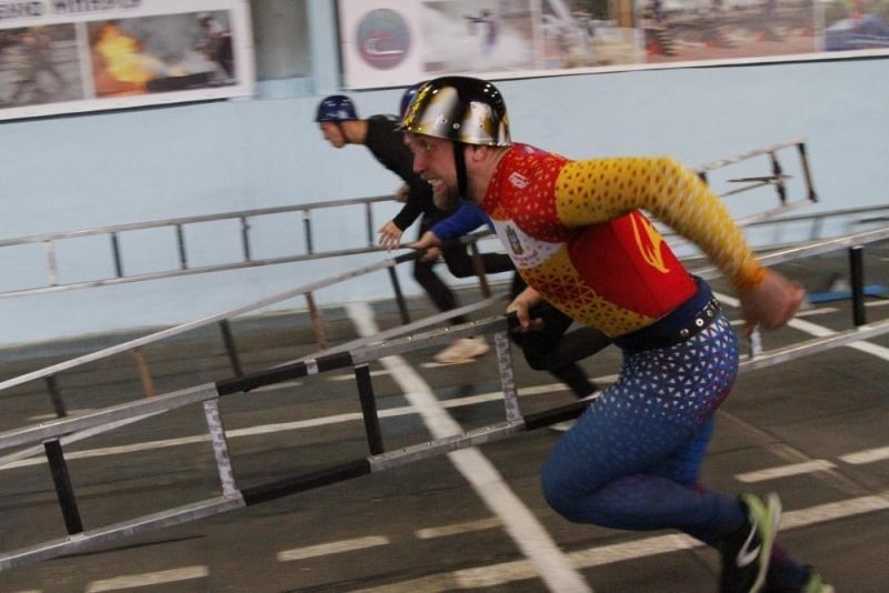 В Волгодонске завершились соревнования по пожарно-спасательному спорту