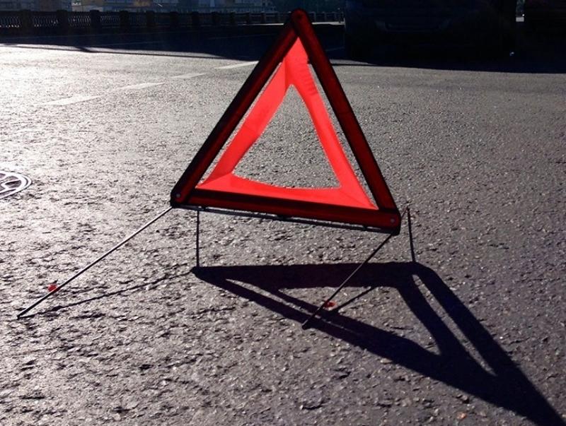 В лобовом столкновении на трассе Ростов-Волгодонск пострадали три человека