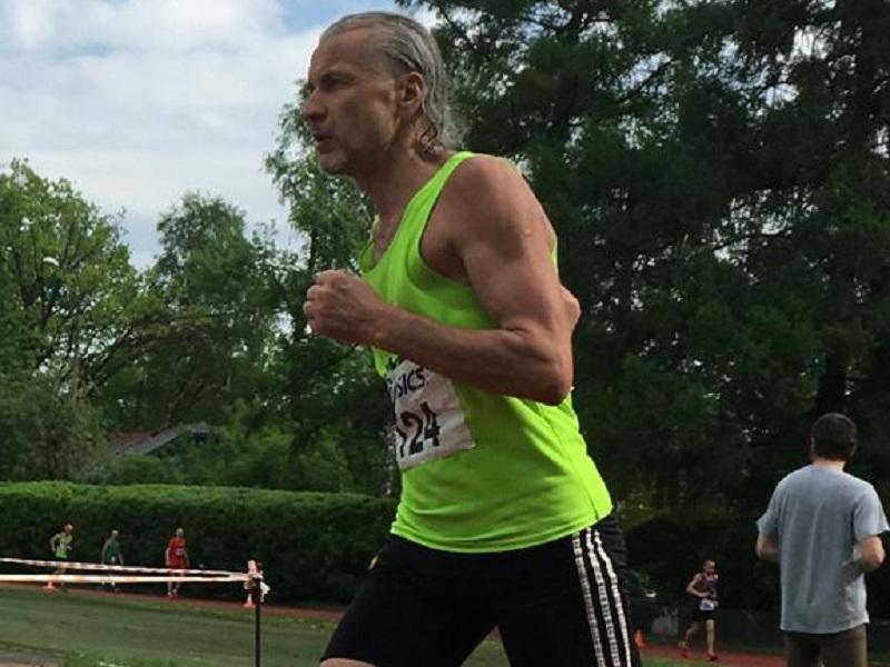 Волгодонец стал призером суточного марафона в Москве