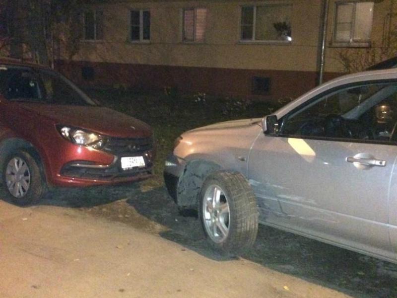 В Волгодонске водитель разбил четыре машины и скрылся