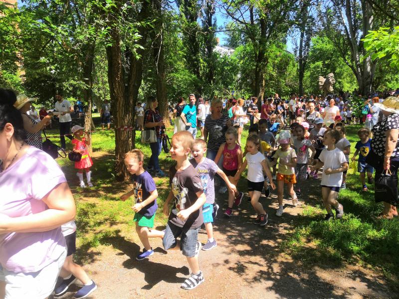 Свыше трехсот юных волгодонцев приняли участие в первых летних испытаниях ГТО
