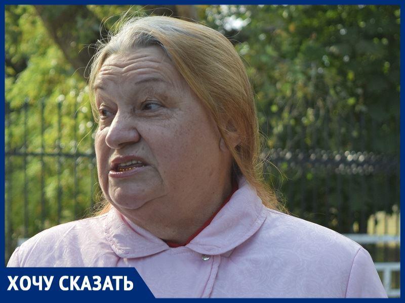 «Порядка в Красном Яру нет»: жительница станицы о нашествии грузовиков перед школой