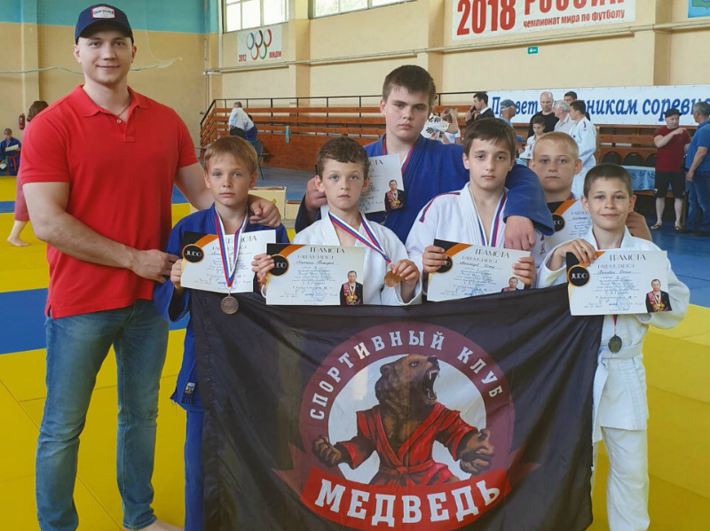Юные спортсмены из Волгодонска завоевали ряд наград на межрегиональном турнире по дзюдо