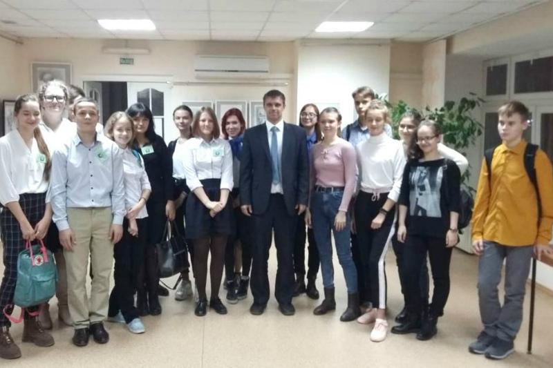 Школьники Волгодонска продемонстрировали знания истории России и казачества