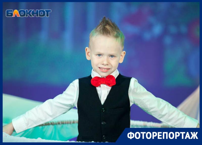 Фееричным концертом завершился фестиваль «Детство – чудные года, детство – праздник навсегда» в Волгодонске