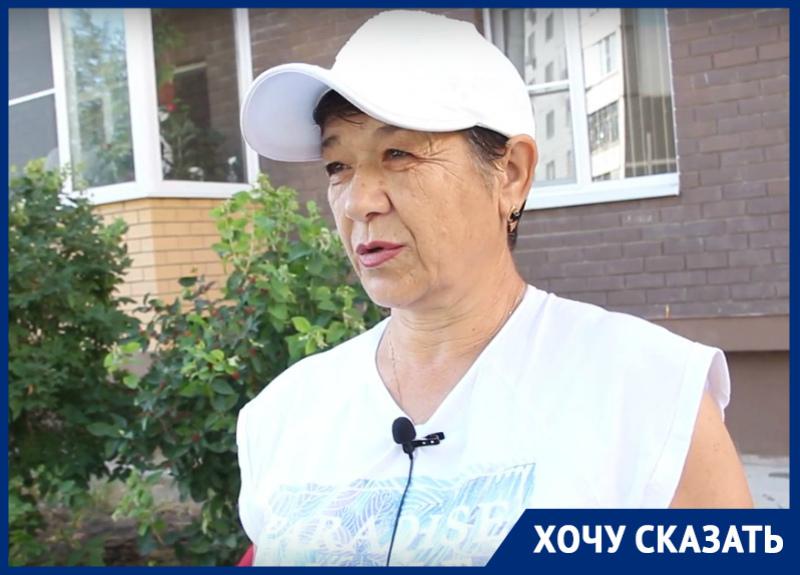 Бабушка девочки-инвалида из Волгодонска требует установить правильный пандус у подъезда