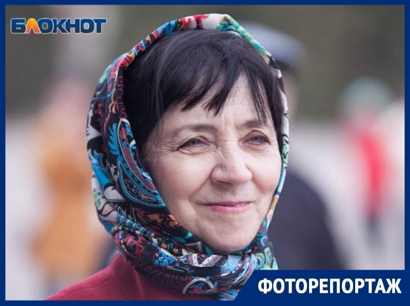 2500 волгодонцев пришли на концерт в честь пятилетия воссоединения Крыма с Россией