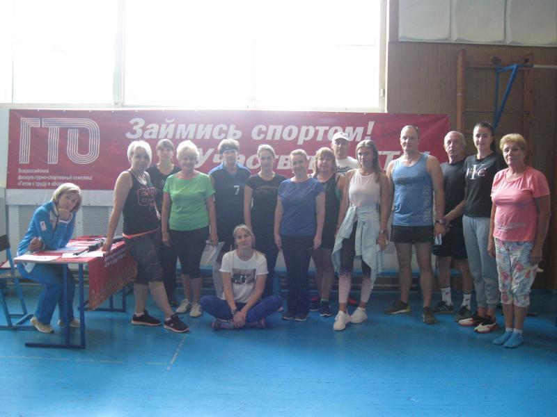 Здоровый пример для молодежи показали тренера волгодонской спортивной школы