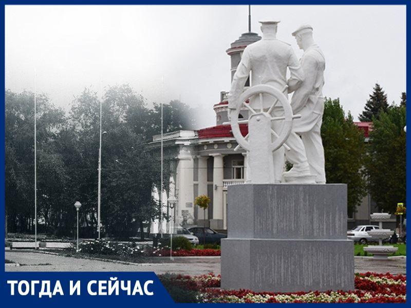 Волгодонск тогда и сейчас: ракета и телевизионная антенна на площади Ленина