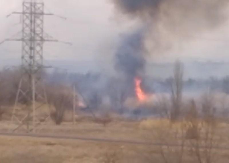 Загорелся сухостой в районе Сухо-Соленовского залива и «Путепровода»