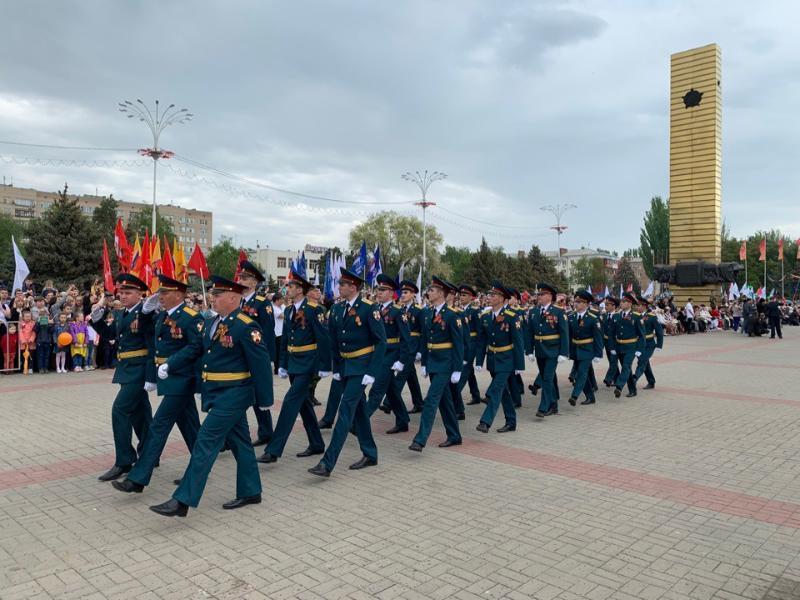 Волгодонск принял главный парад в честь 74-летия Победы