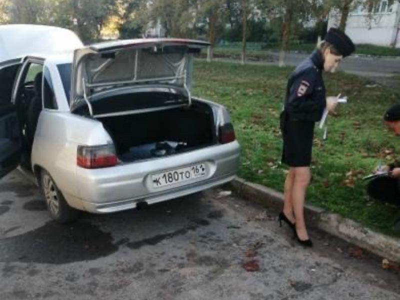 Неизвестные обокрали ВАЗ-2110 в Волгодонске и скрылись