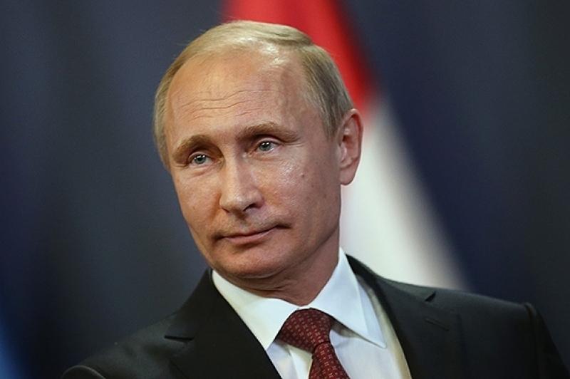 Путин ознакомился стехникой завода «Ростсельмаш»