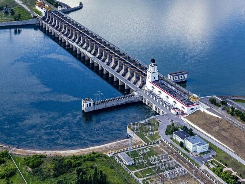 Приток воды в Цимлянское море оказался в два раза больше сброса в Дон
