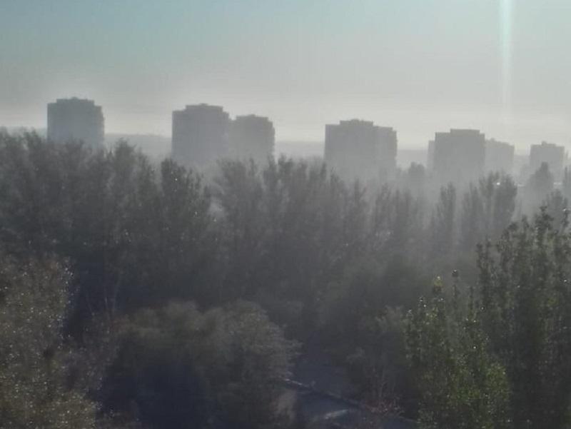 На Волгодонск надвигается вторая волна дыма с горящей свалки