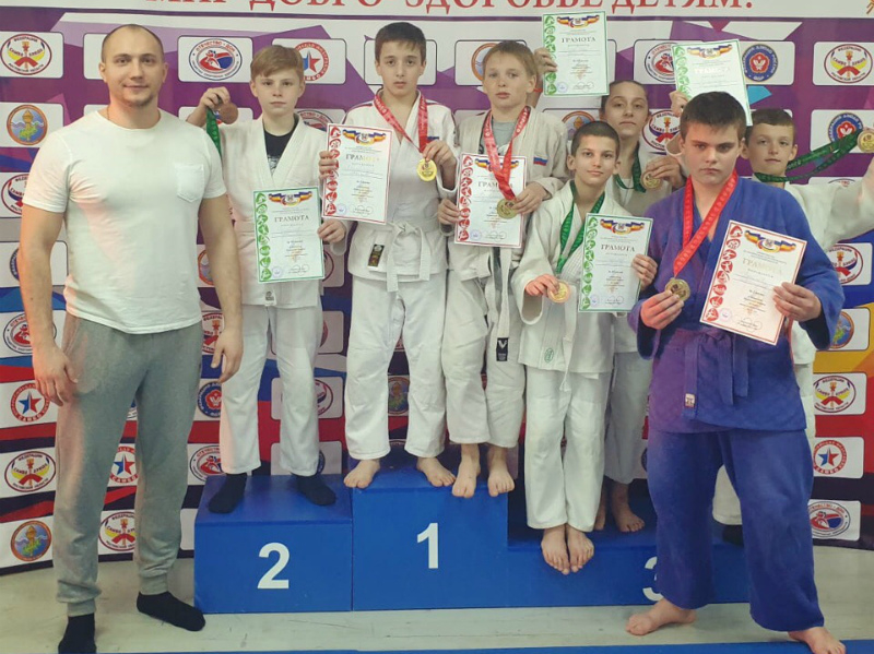 Спортсмены из Волгодонска успешно выступили на первенстве Ростовской области по дзюдо
