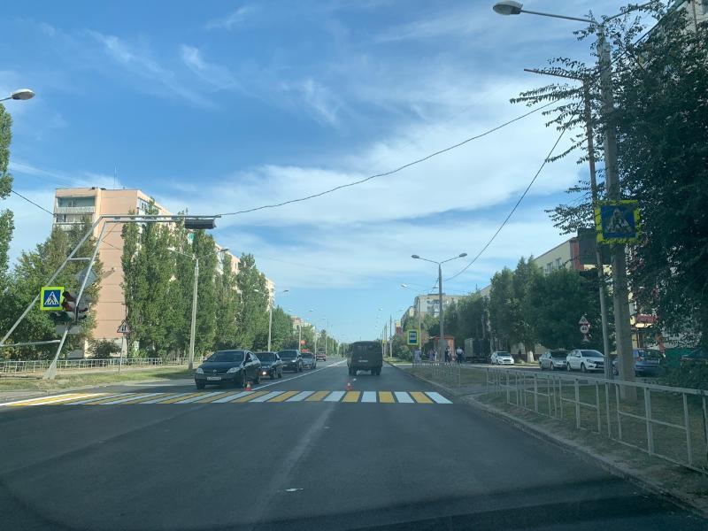 На улице Горького нанесли новую дорожную разметку