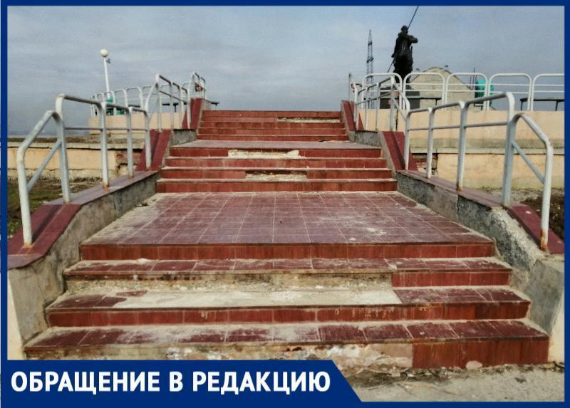 «Памятник на набережной у ТРЦ требует ремонта»: волгодонцы были разочарованы увиденным