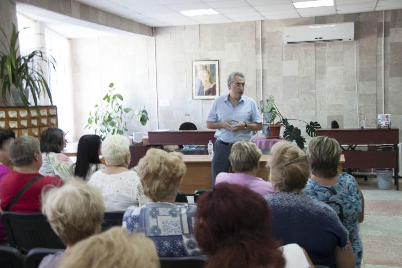 Проблема с трудоустройством есть и в Волгодонске, - Виктор Халын
