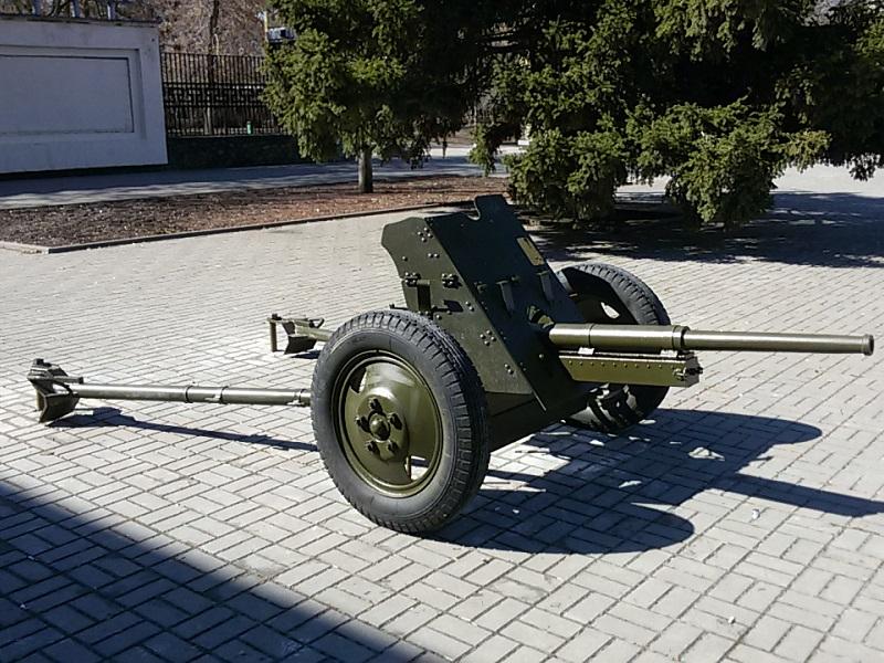 В парке Победы собираются сделать выставку военной техники
