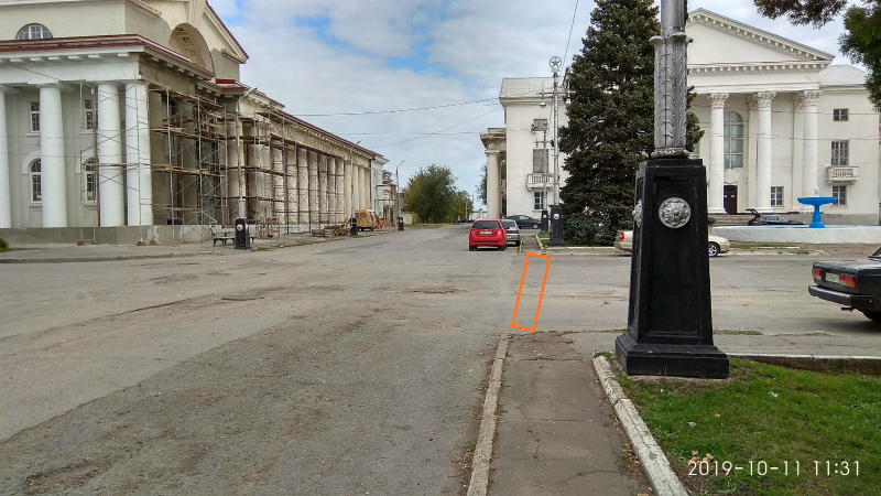 Въезд для машин на площадь возле Приморского парка Цимлянска могут запретить
