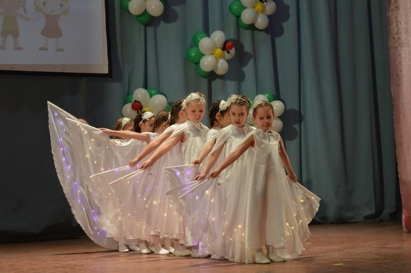 Секс танец на детском празднике