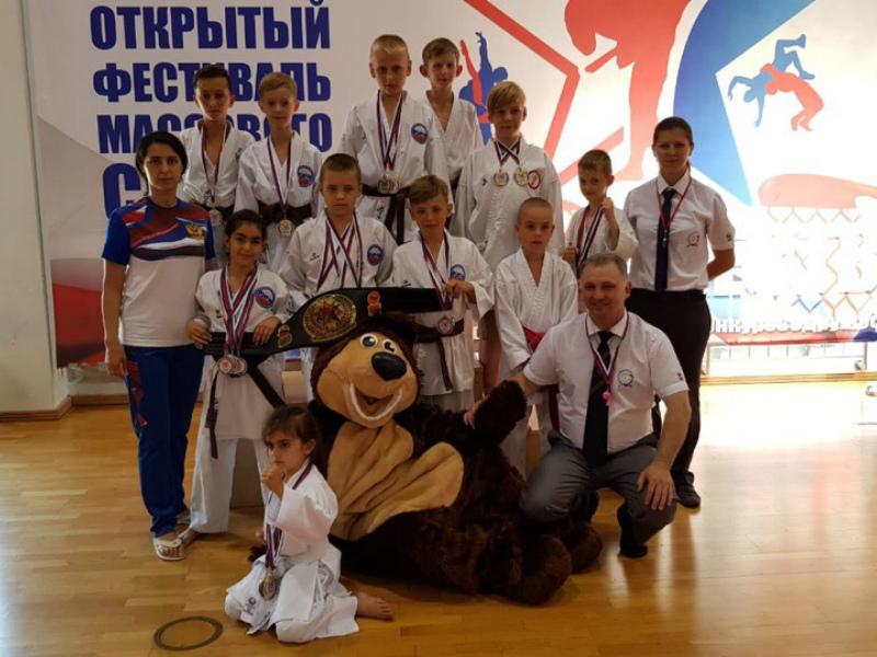 Россыпь наград завоевали волгодонские спортсмены на международном фестивале массового спорта