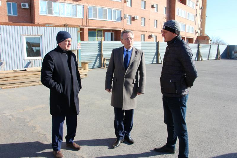 Виктор Мельников объявил бой долгостроям Волгодонска