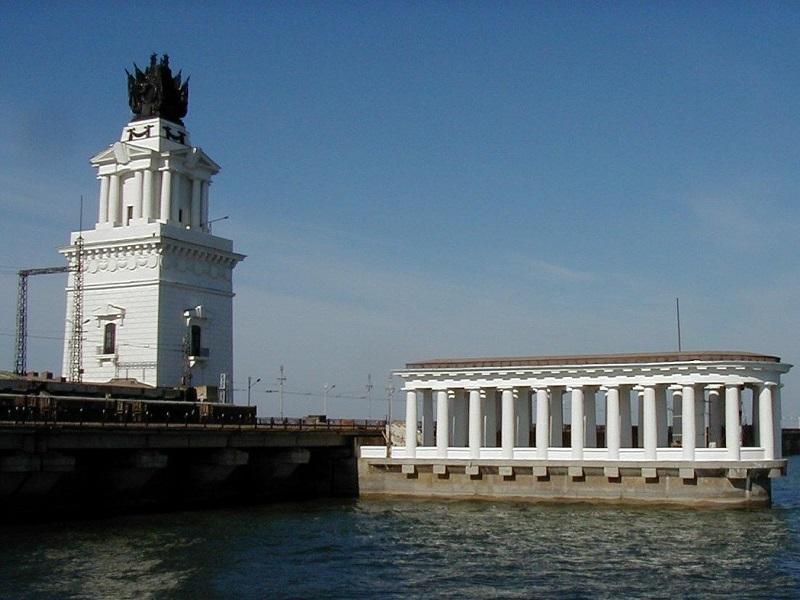 Уровень Цимлянского водохранилища начал падать