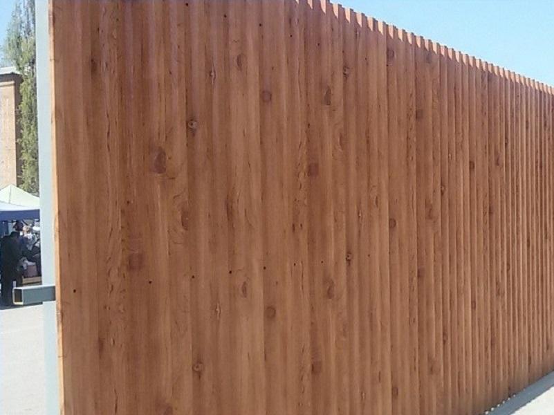 Забор на Морской возвели для сокрытия «неприглядных ГАЗелей»