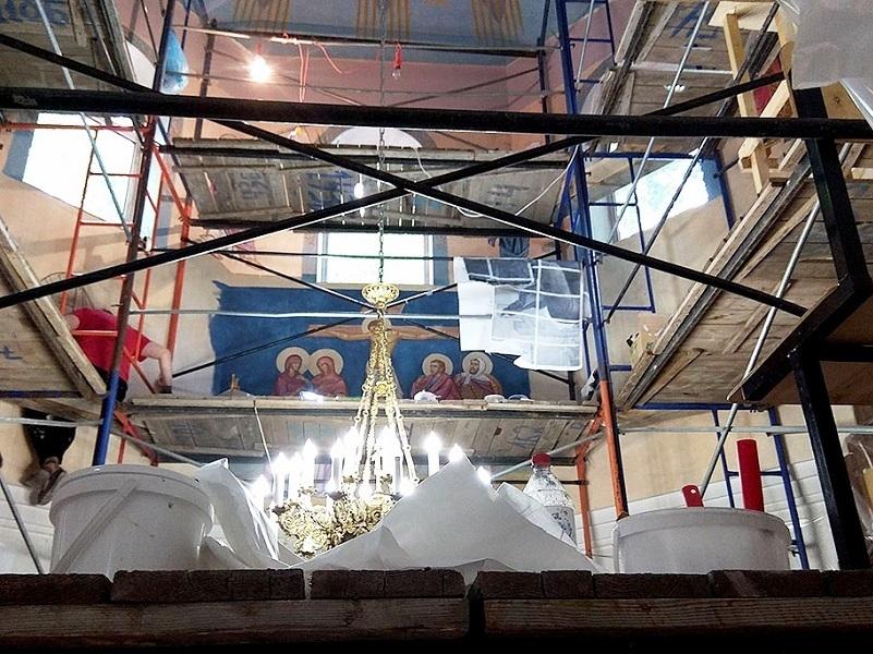 Умельцы из Волгодонска начали расписывать красивый храм под Краснодаром