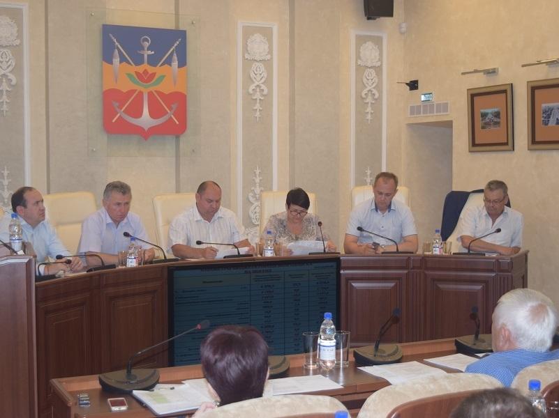 Заседание Волгодонской Думы перенесли из-за прямой линии с президентом