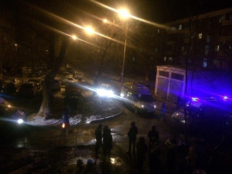 Пострадавшие при пожаре на Октябрьском мужчина и женщина находятся в тяжелом состоянии в БСМП Волгодонска