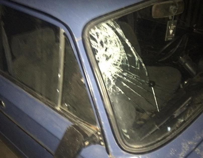Водитель «шестерки» сбил женщину возле бара и сбежал с места происшествия