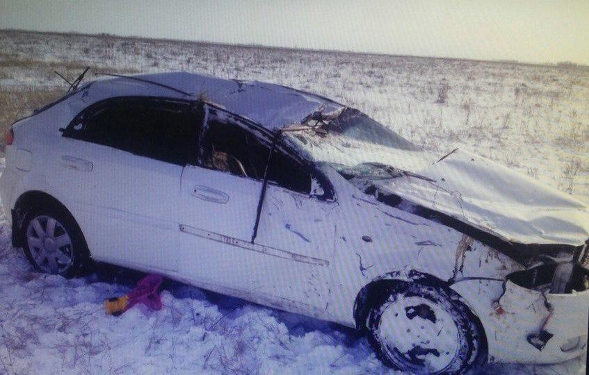23-летняя девушка из Зимовниковского района пострадала в ДТП на трассе